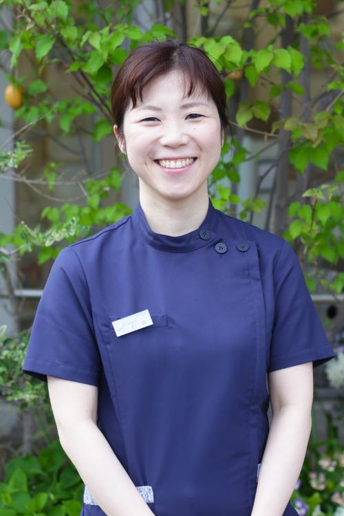 歯科医師 石井麻衣子