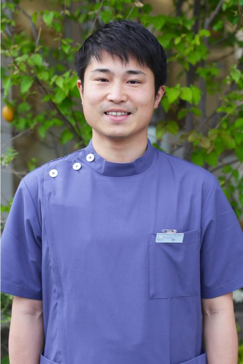 歯科医師 輿圭一郎